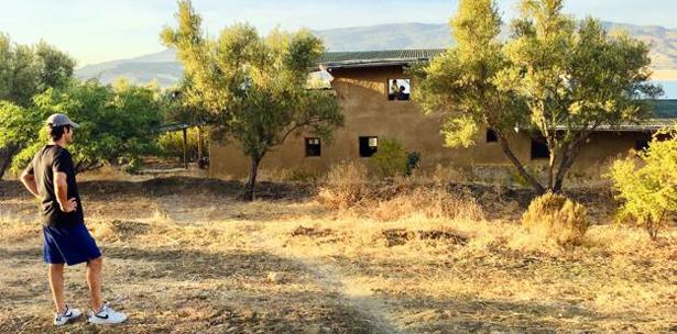 autoconstrucción casa tierra paja